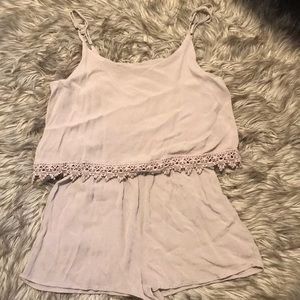 Forever 21 romper size M fits small